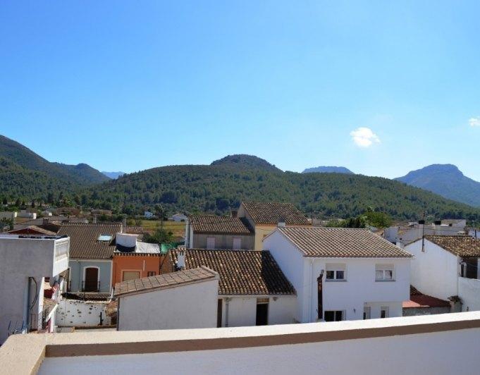 casa-de-pueblo en jalon · casco-urbano 179000€